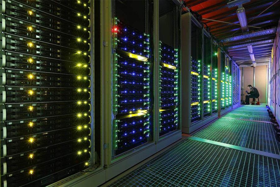 上海网页建设公司制作好网站租空间多少钱